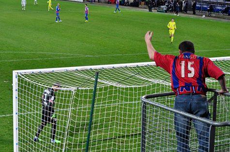 Joli coup de comm du club qui propose à ses supoorters le maillot avec le flocage du nombre de points marqués à la trêve.