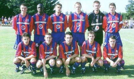 SM Caen 1999-2000 Richard Lecour en bas à gauche